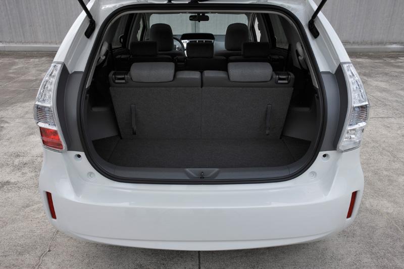 Toyota_Prius+_Innen